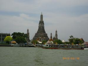 20120316_bkk_chaopraya_wat_arun